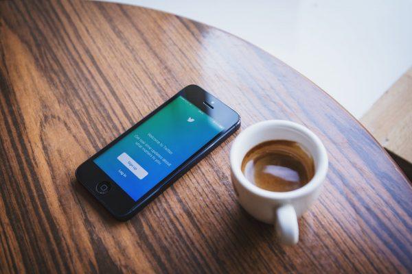 Twitter, réseau social populaire pour les artistes et producteurs
