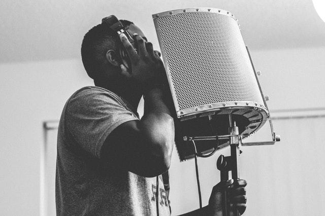 travailler sa voix en studio