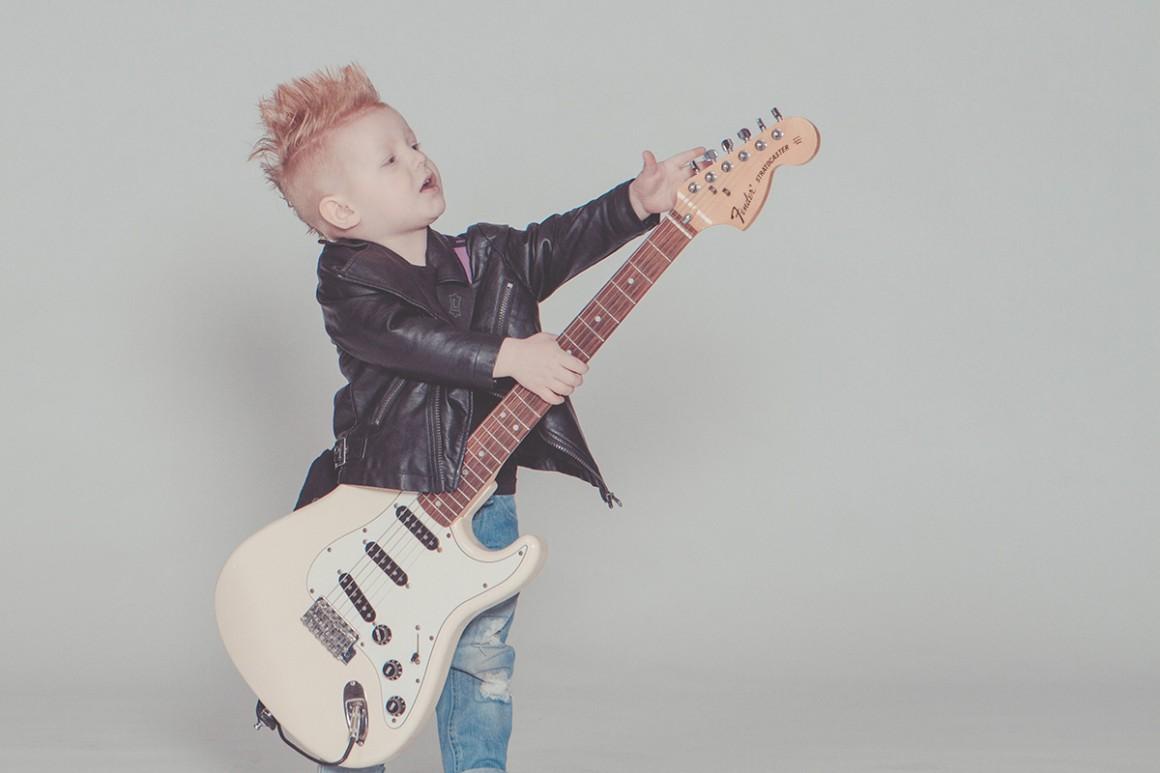 10 meilleures guitares enfant classement comparatif