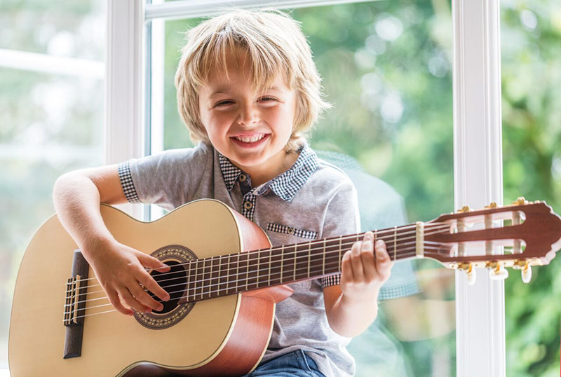 guitare classique guitare enfant avis