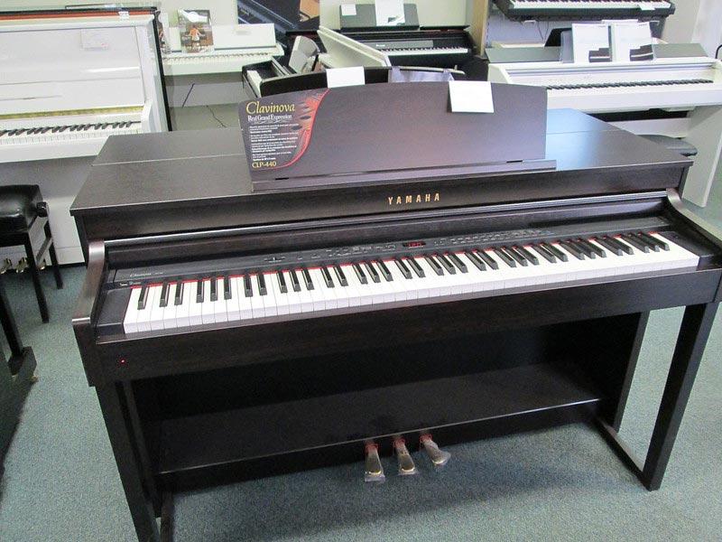 piano numerique yamaha utilisation debutante professionnelle avis