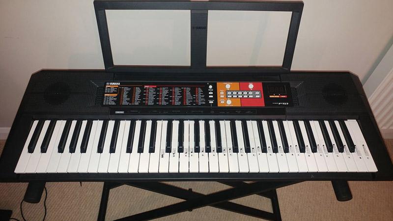 yamaha psr f51 piano numerique avis